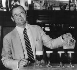 Anchor Barrel Ale - пиво в честь основателя