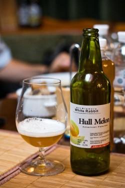 Дегустация пива Hull Melon от White Rabbit Art Brewery