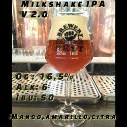 PĚST Milkshake IPA 2.0 от киевской мини-пивоварни PĚST
