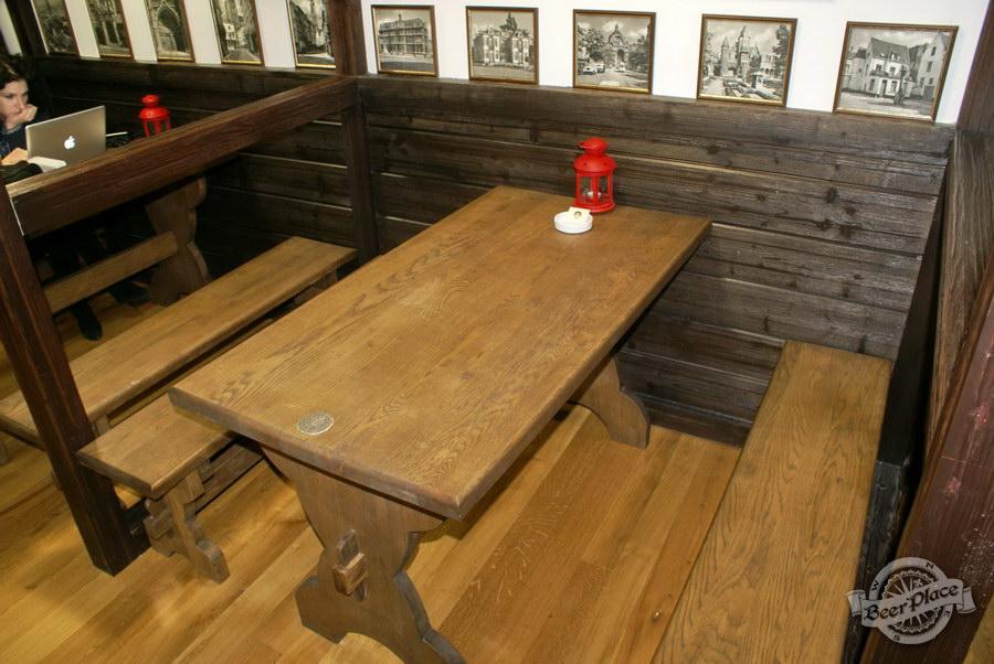 Обзор. Музей-ресторан Антверпен. Столы во фламандском зале
