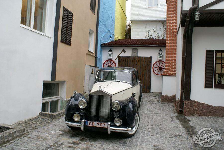 Обзор. Музей-ресторан Антверпен. Rolls-Royce Silver Dawn