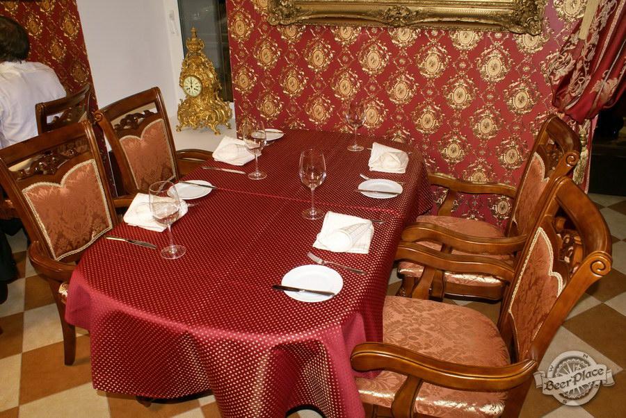 Обзор. Музей-ресторан Антверпен. Столы во французском зале