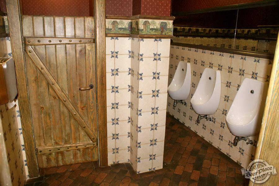 Обзор паба Beer Point  на Подоле. Фото. Туалет
