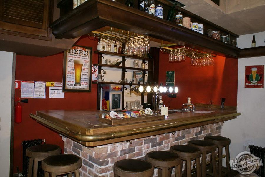 Обзор паба Beer Point  на Подоле. Фото. Барная стойка