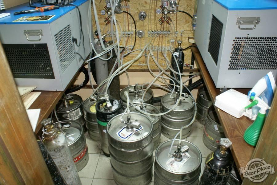 Обзор паба Beer Point  на Подоле. Фото. Охлаждаемая комната