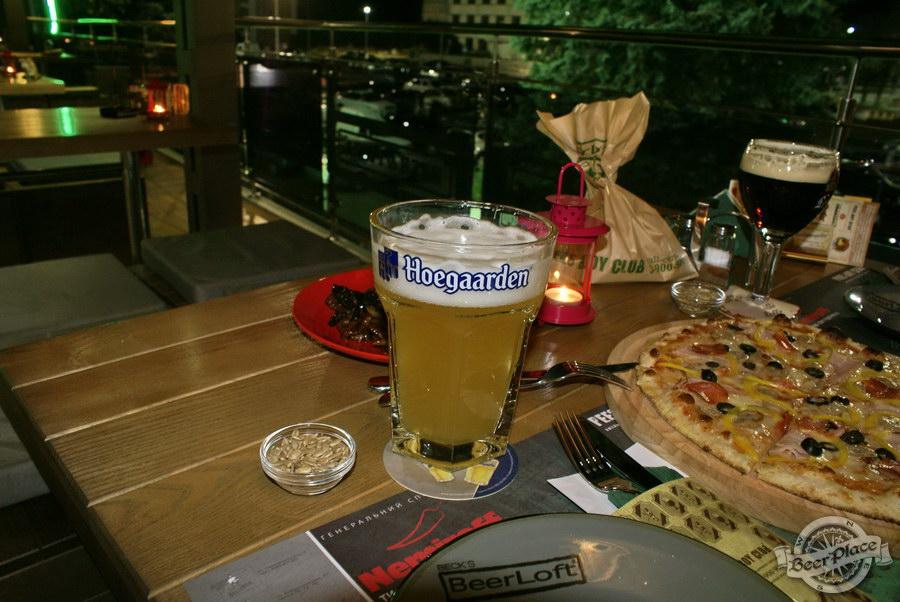 Обзор кафе Becks BeerLoft на Окружной в Ашане. Променада Парк. Пиво Hoegaarden