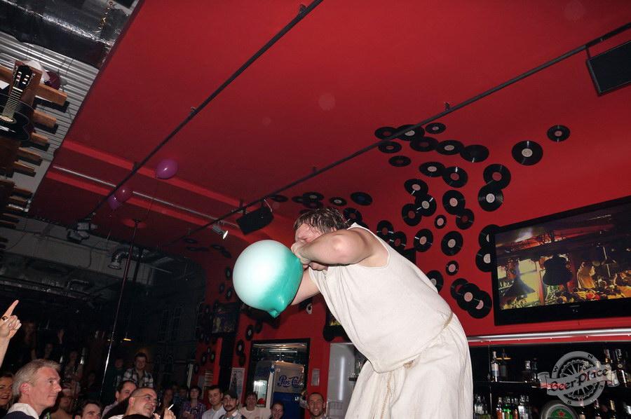Открытие паба Big Ben в ТРЦ Дрим Таун | Big Ben Pub opening in Dream Town. Порвал как Тузик грелку