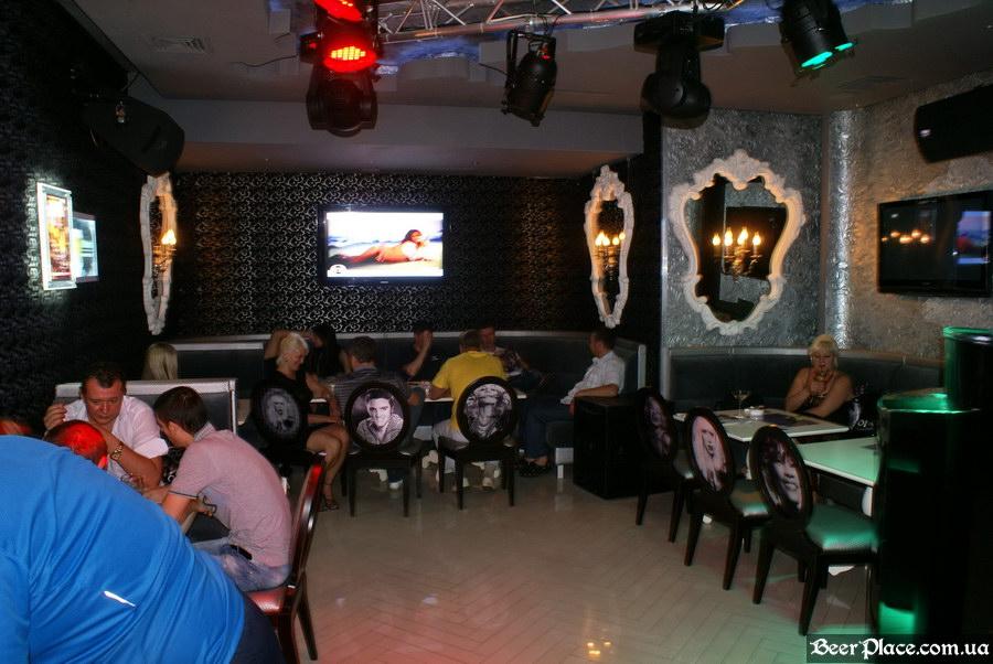 Паб, диско-бар, караоке Кокаин | Cocaine. Киев. Первый зал