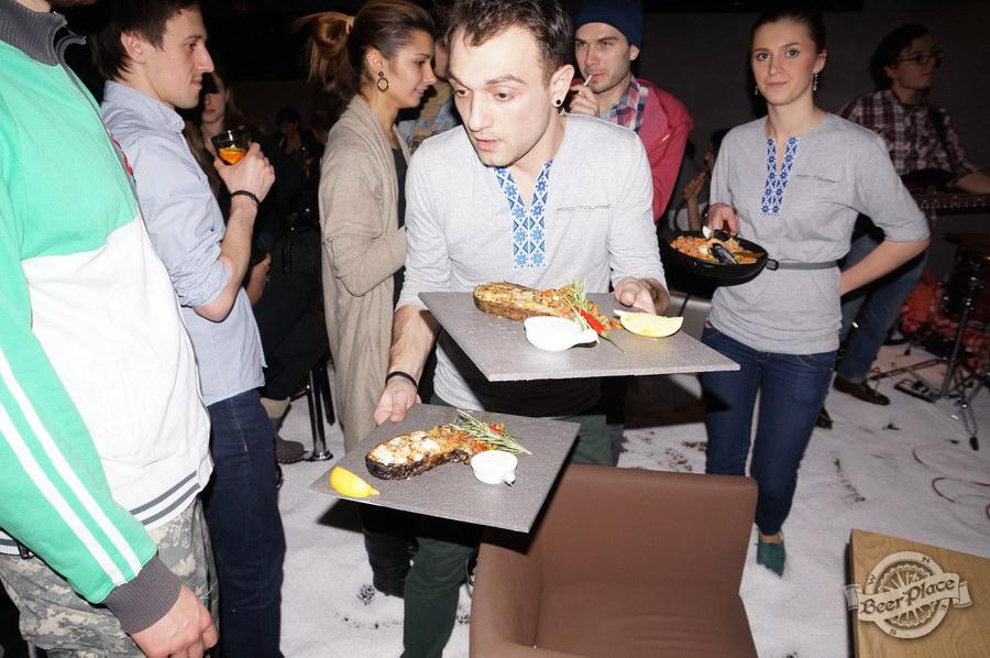 Открытие гастрономического бара FoodTourist | FOODTOURЇST | ФудТурист. Бедные официанты