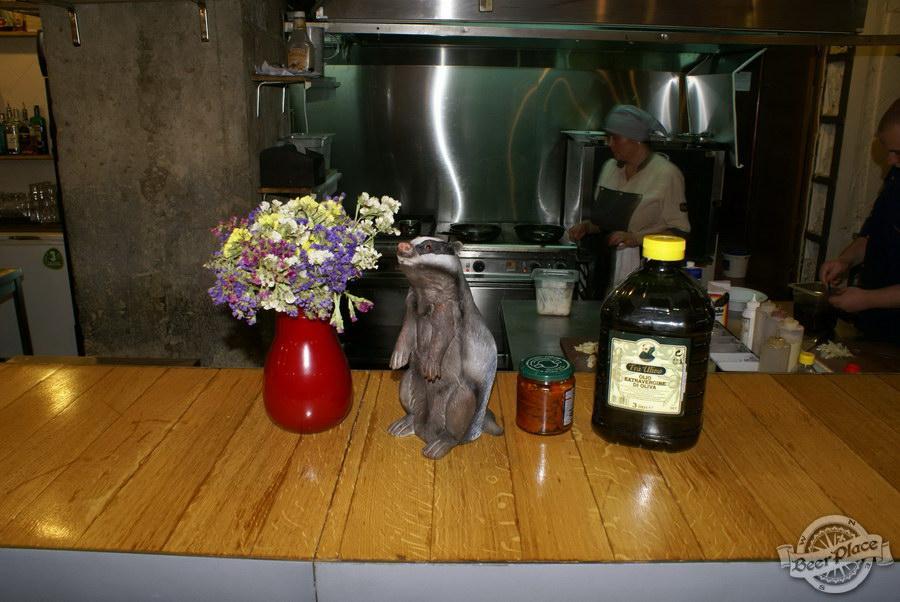Гастрономический бар Барсук. Фото. Блюда на телеке