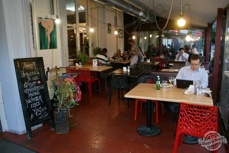 Гастрономический бар Барсук. Фото. Летняя площадка