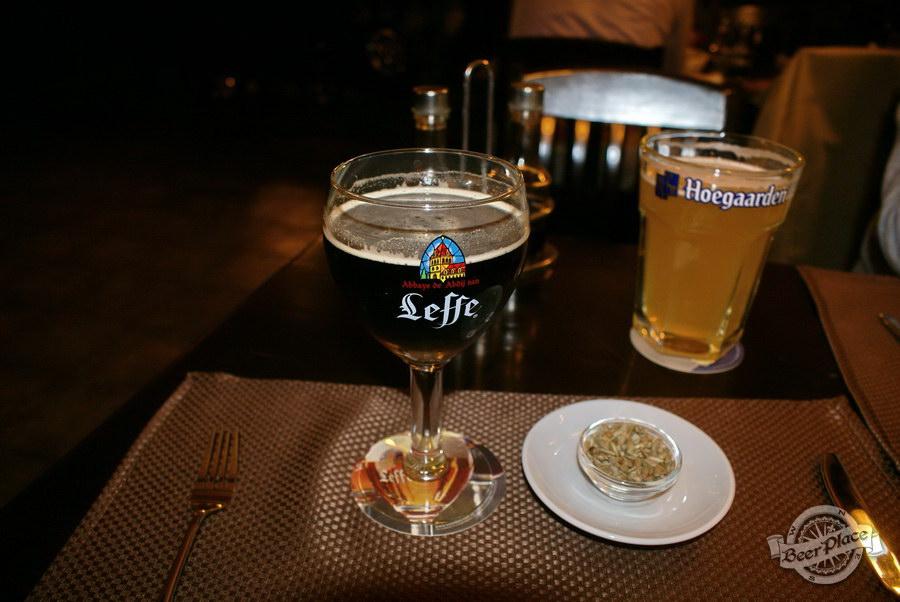 Обзор паба Guita Bar | Гитар Бар. Подача пива