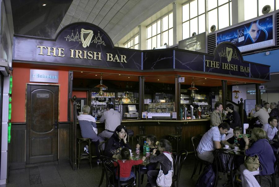 Обзор ирландского паба Irish bar в аэропорту Борисполь
