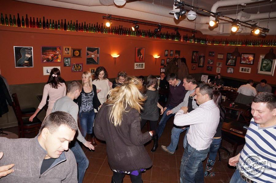 Обзор паба-ресторана Короли Колбас и Пива. Танцы под InJeer | Инжир