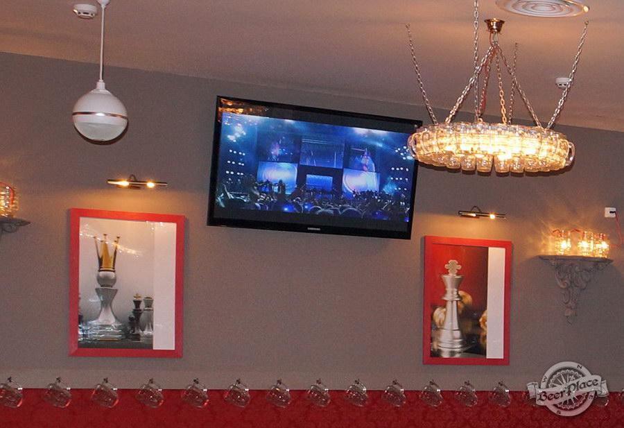 Обзор паба-ресторана Короли Колбас и Пива. Плазмы во втором зале