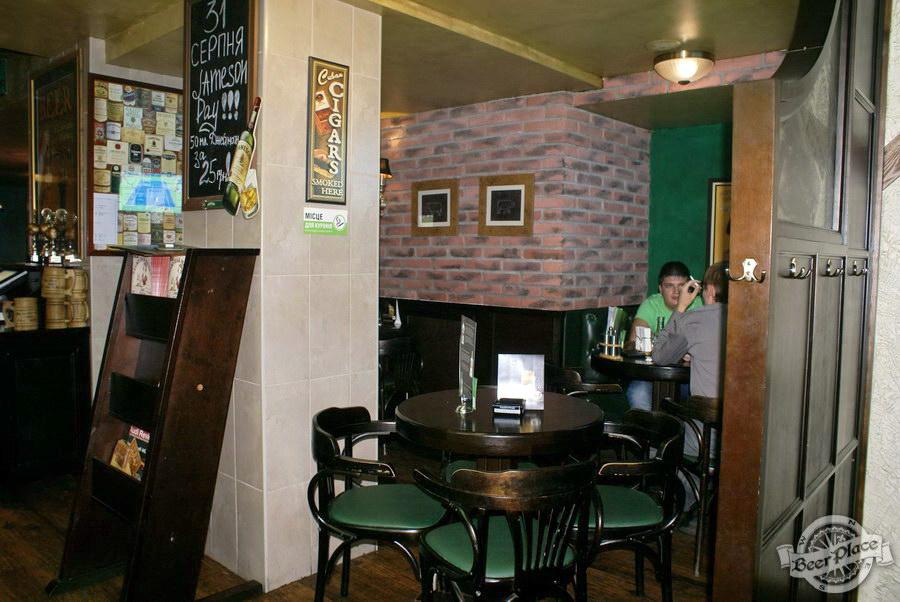 Обзор Лаки Паб | Lucky Pub. Фото. Первый зал. Переулок