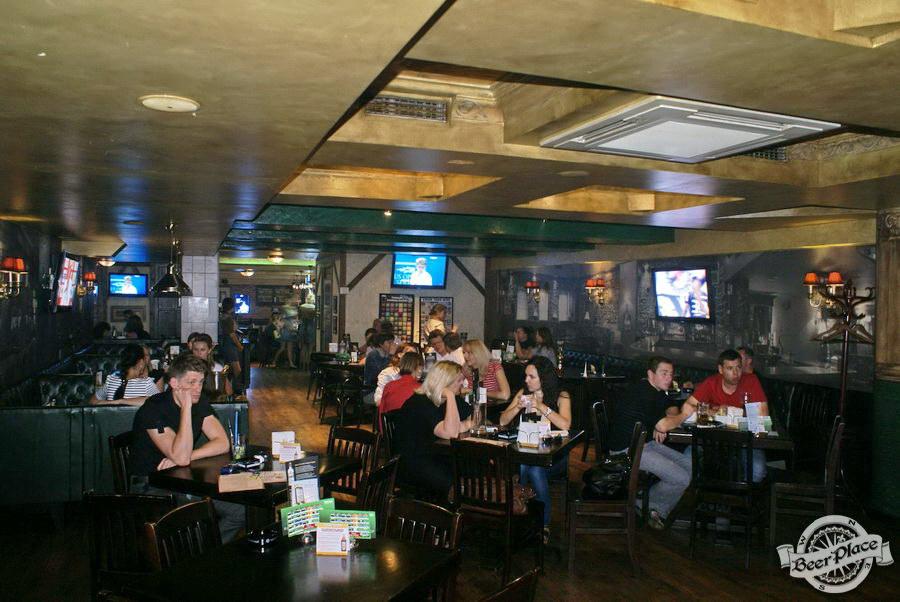Обзор Лаки Паб | Lucky Pub. Фото. Второй зал. Общий вид с конца зала