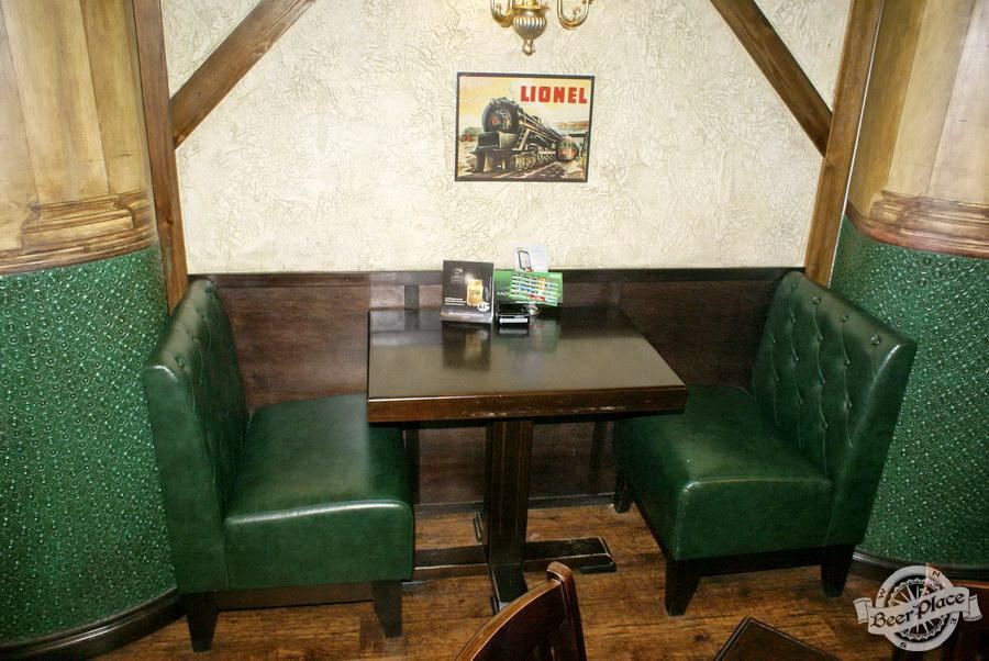 Обзор Лаки Паб | Lucky Pub. Фото. Второй зал. Столики на двоих