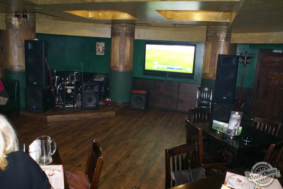Обзор Лаки Паб | Lucky Pub. Фото. Второй зал. Танцпол и большая плазма