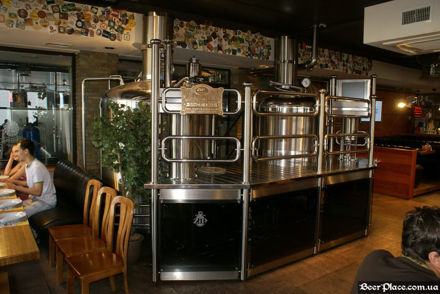 Люстдорф. Ресторан-пивоварня в Одессе. Фото. Пивоварня
