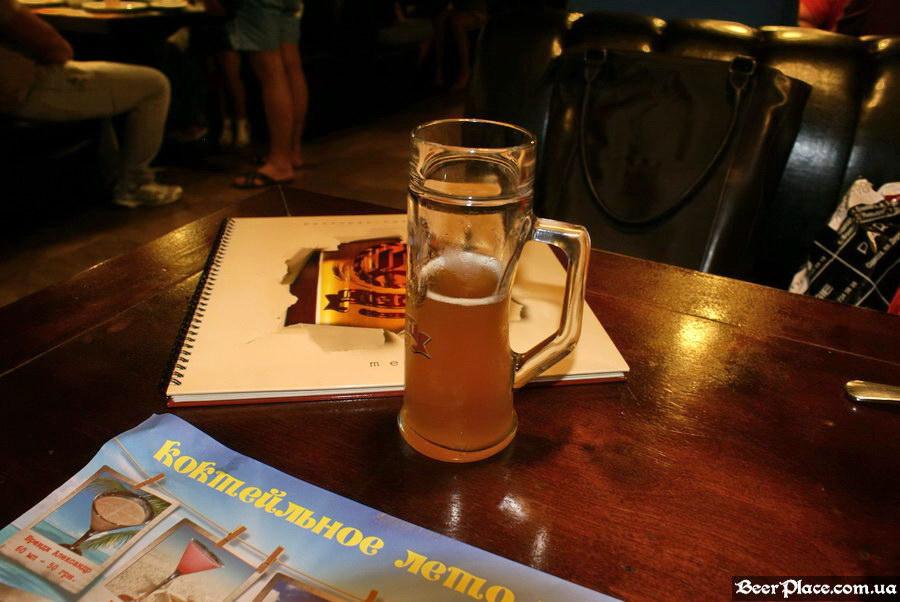 Люстдорф. Ресторан-пивоварня в Одессе. Фото. Необычный бокал