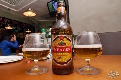 Дегустация пива Микулинецьке Медове в чураско баре ПивБар
