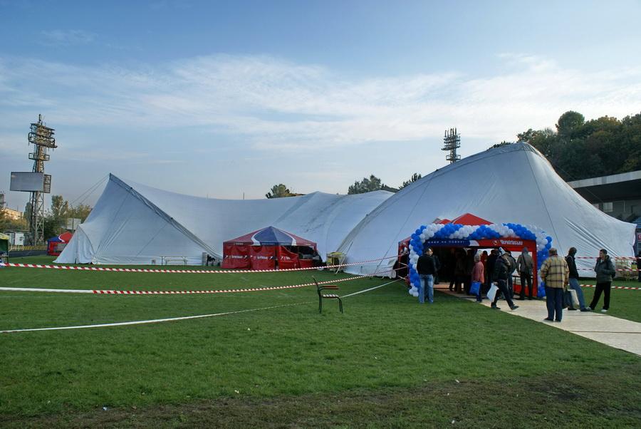 Фото Октоберфеста 2010 в Киеве. Палатка