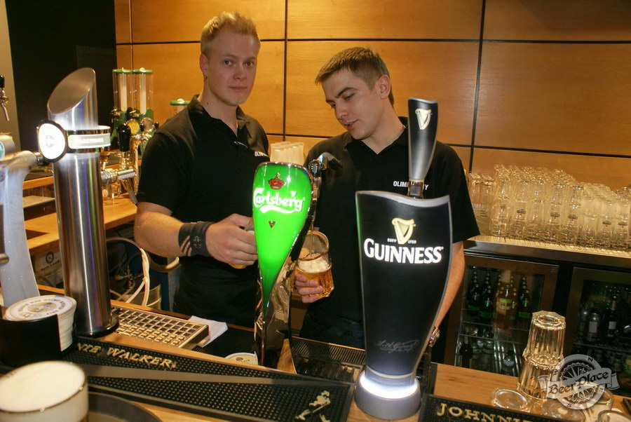 Открытие Olimpiyskiy Sport & Beer. Бесплатный Carlsberg