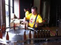 Львовская пивоварня Правда. Beer Theatre. начала разливать пиво в бутылки