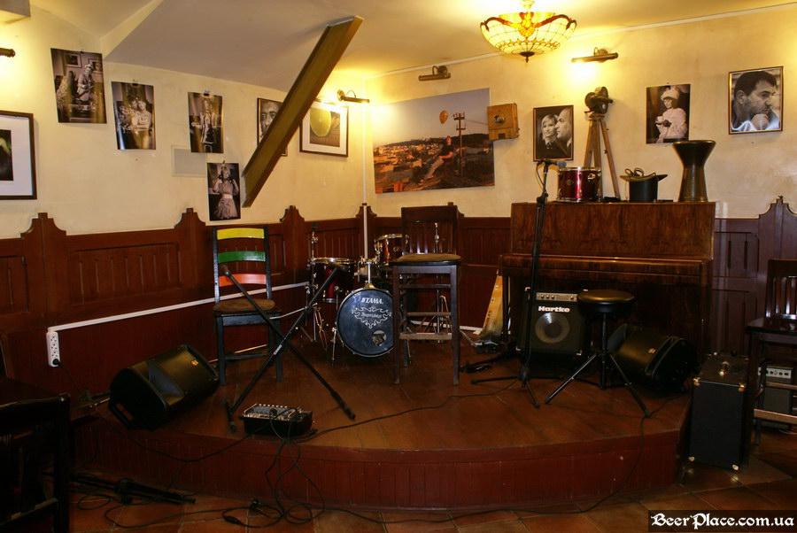 Обзор Sepia Pub | Сепия паб. Киев. Фотографии. Сцена