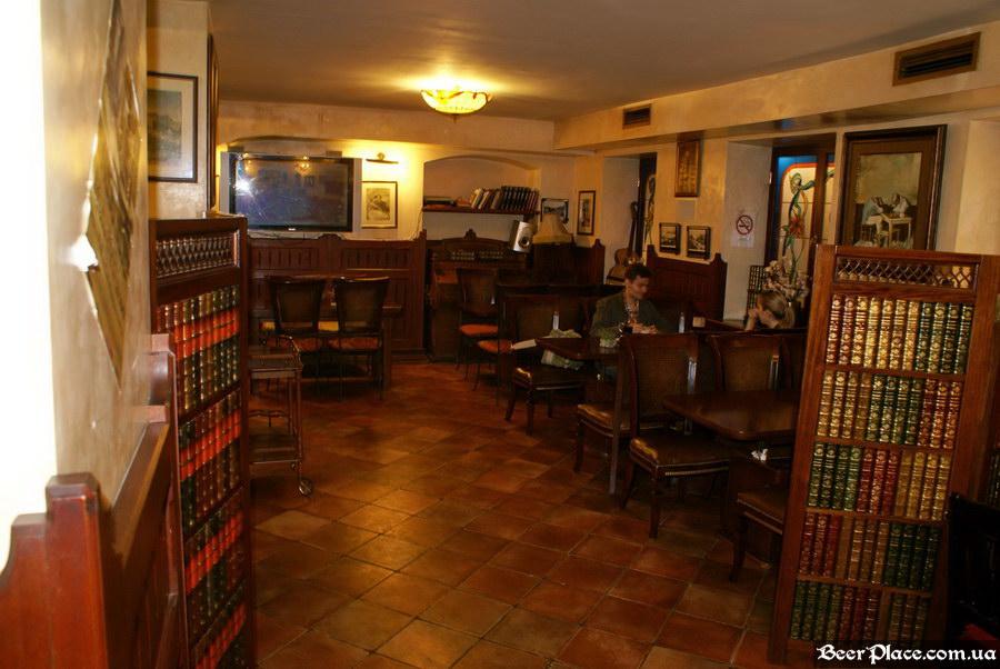 Обзор Sepia Pub | Сепия паб. Киев. Фотографии. Зал для некурящих