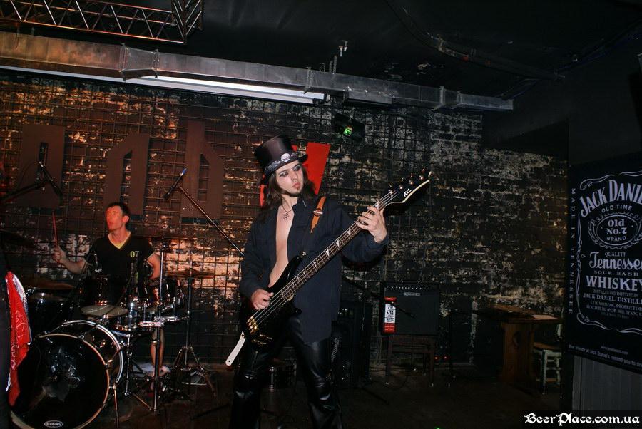 Паб Штольц. Киев. Second Glam-Rock Party In Ukraine. Blasted Dolls