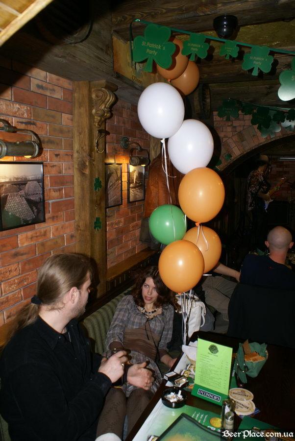 День святого Патрика 2011: паб O'CONNOR'S. Да-да, я вас внимательно слушаю