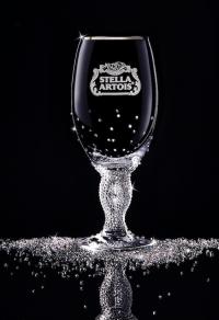 Хрустальные бокалы Stella Artois с кристаллами Swarovski