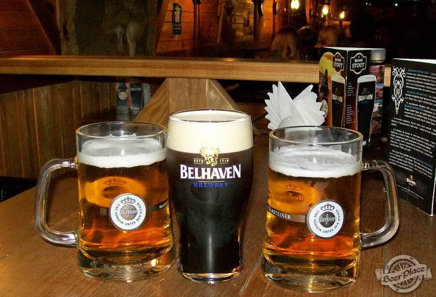 Краш-тест паба У Крошки Сью. Пиво Belhaven и Львовское в бокалах Warsteiner