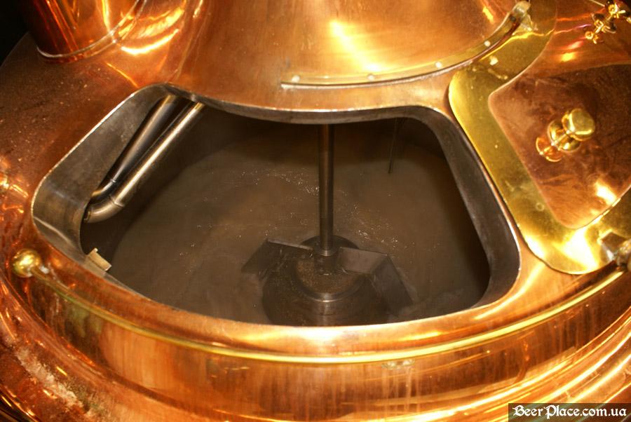 Как варят пиво в Arena BeerHouse. Замешивание сусла