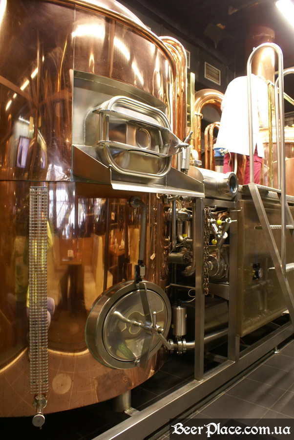 Как варят пиво в Arena BeerHouse. Цедильный чан