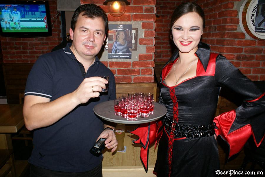 Хеллоуин 2010 в АУТ ПАБе. Фото