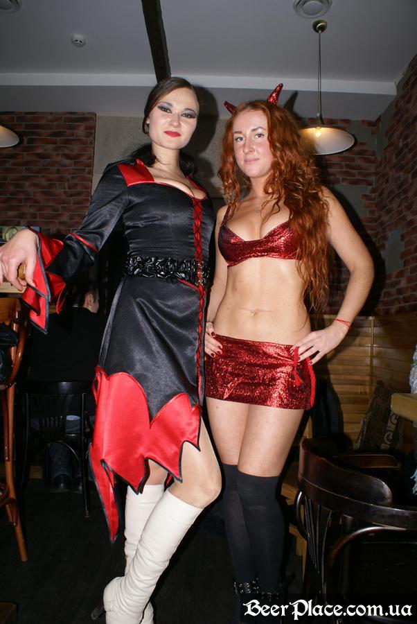 Хеллоуин 2010 в АУТ ПАБе. Фото. Бестии