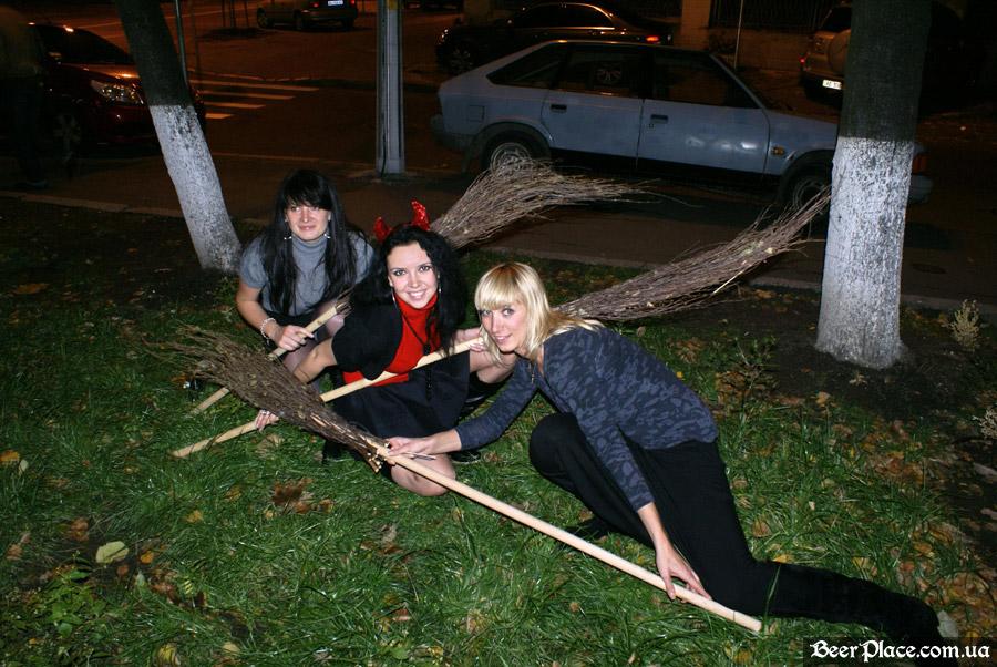 Хеллоуин 2010 в АУТ ПАБе. Фото. Шабаш