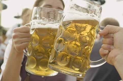 На Oktoberfest 2011 в Мюнхене выявили большой недолив пива