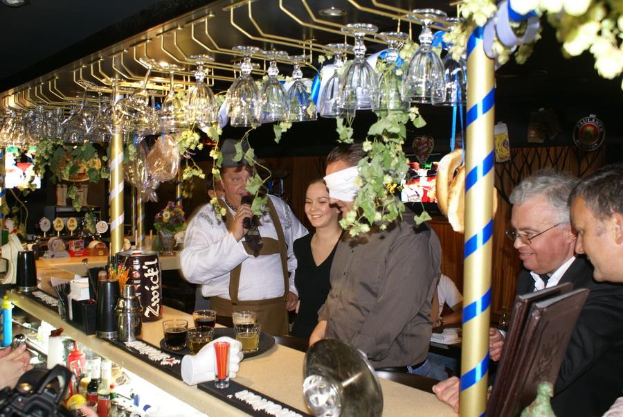 Октоберфест в Киеве. Паб-ресторан Bier Platz. Конкурс дегустации пива