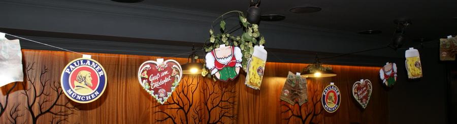 Октоберфест в Киеве. Паб-ресторан Bier Platz. Символы Октоберфеста