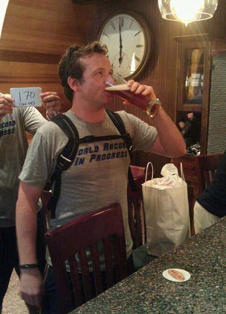Именно в 18:00 был выпит бокал, который победил прошлый рекорд