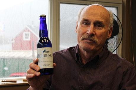 Представитель  Quidi Vidi Brewing Co. Чарльз Риз, который проводит экскурсии по пивоварне