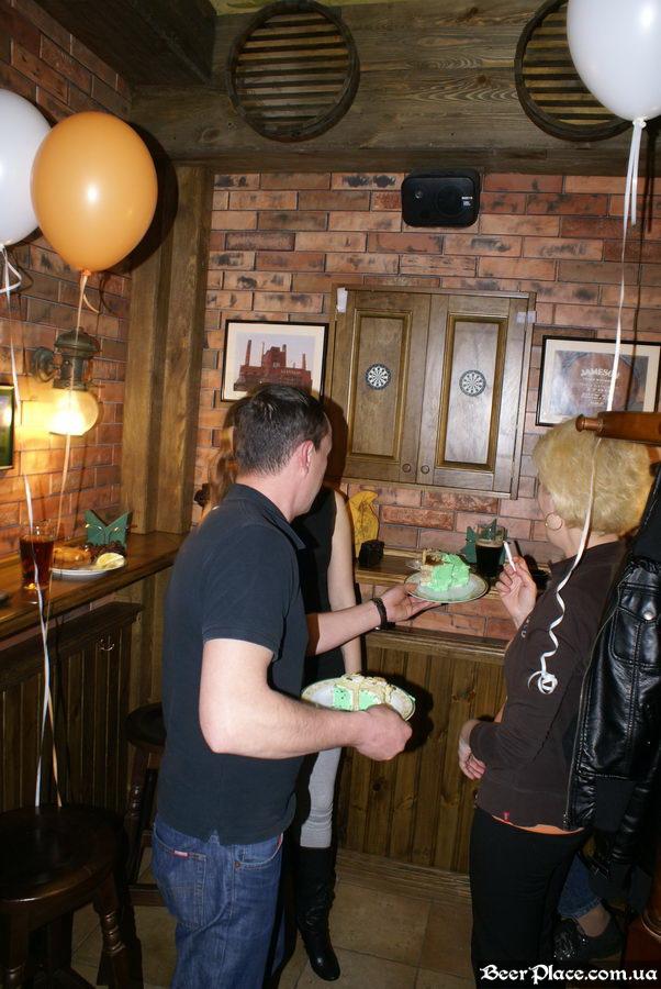 День Рождения паба O'Connors | O'Коннорс. А тЫ получил свой кусок торта?!