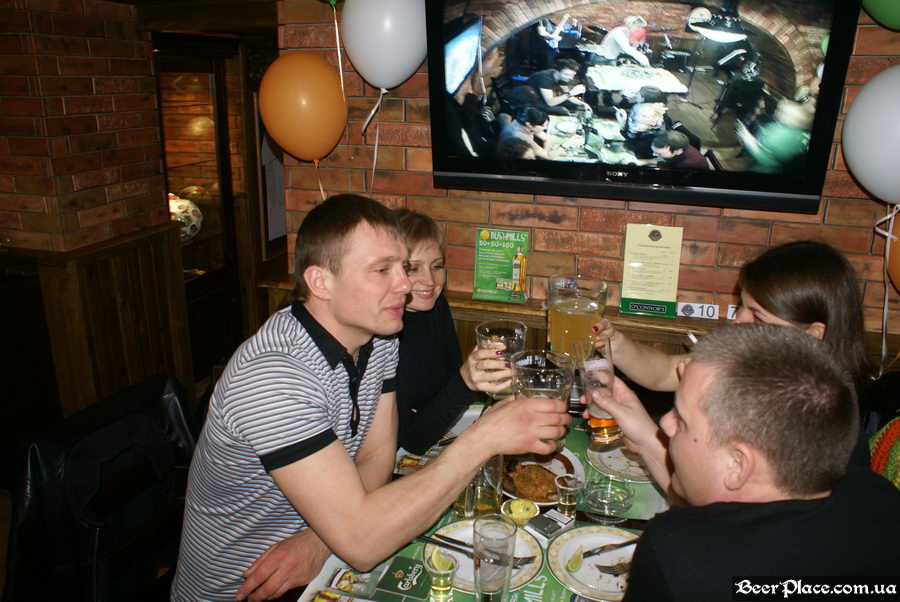 День Рождения паба O'Connors | O'Коннорс. Ура!