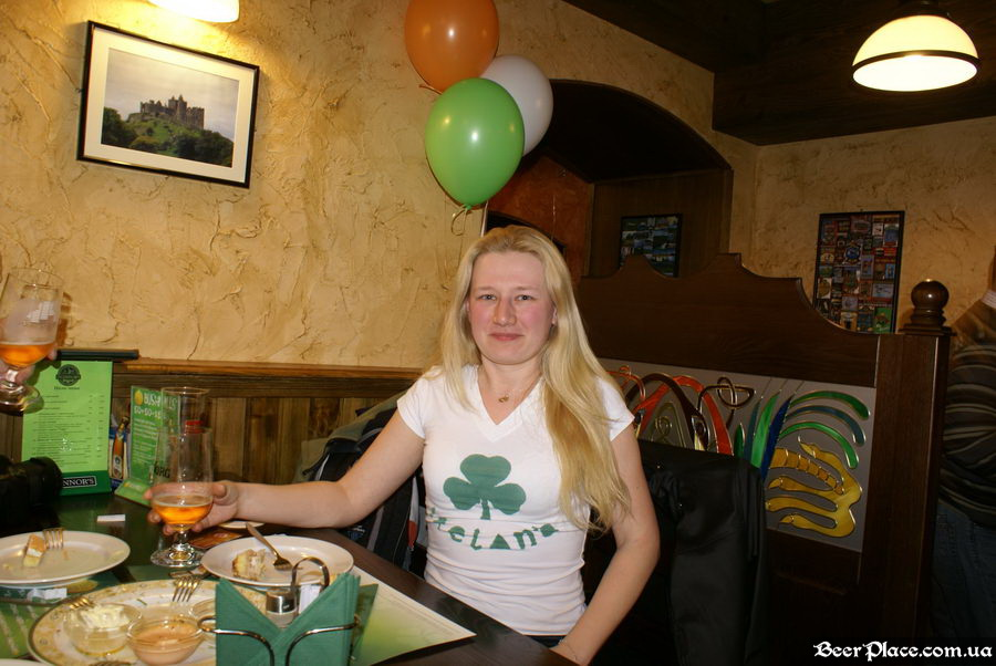День Рождения паба O'Connors | O'Коннорс. Посетители BeerPlace.com.ua. Хочу в Ирландию!!!
