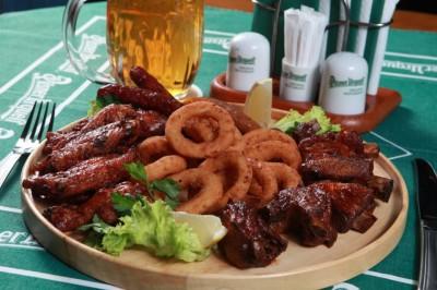Розыгрыш старочешской деревенской закуски от Pilsner Bar